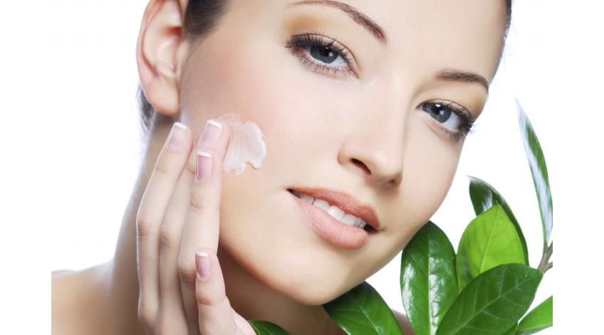 Как правильно ухаживать за кожей лица и волосами?